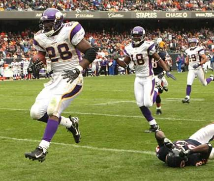 adrian-peterson-vikings-bears.jpg