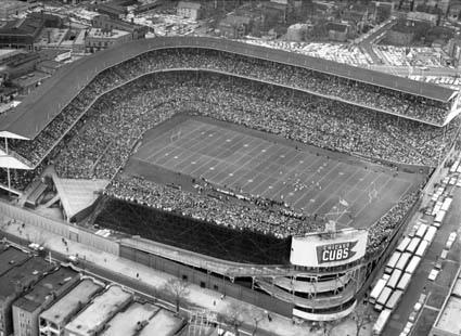 wrigley-field-chicago-bears-football
